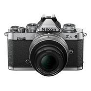 Câmara Mirrorless Nikon Z FC + Objetiva 16-50MM F/3.5-6.3 +SD 64 GB 1000x Prata