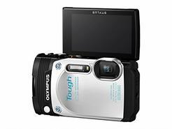 Máquina Fotográfica Compacta OLYMPUS TG-870 (Branco – 16 MP – ISO 100 a 6400 – Zoom Ótico: 5x)