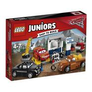 LEGO Juniors 10743 A Garagem do Smokey – Disney Carros 3