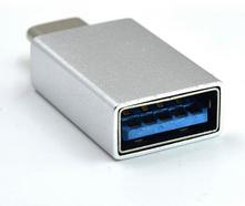 Adaptador EWENT USB Type C em Branco