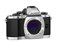 Máquina Fotográfica Mirrorless OLYMPUS E-M10 (16 MP – Sensor: Micro 4/3 – ISO: 100 a 25600)