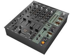 Mesa de mistura BEHRINGER DJX900USB-UE (Canais: 5 – 32W – USB)
